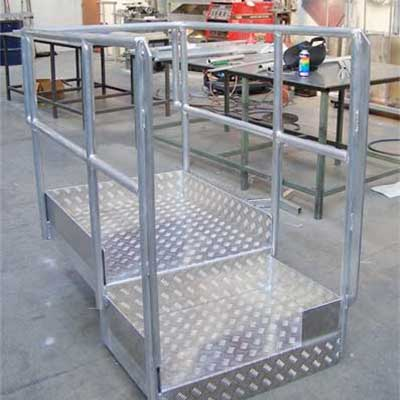 Fabricated aluminium walkway bridge